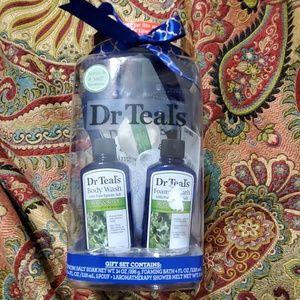 Dr Teals Gift set